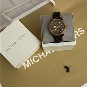 MICHAEL KORS tortoise shell brown watch